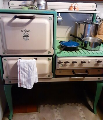 skelgas estate, 1930's, antique gas oven
